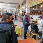 Locatarios que expenden comida en mercados fueron informados que no pueden tener consumo interno