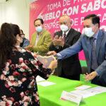 """Entregaron 39 placas del distintivo """"Pueblo con sabor"""""""
